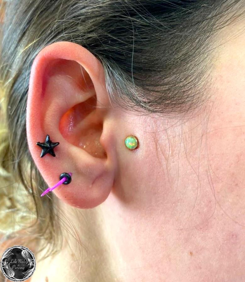 Piercing Lale Nails Stylizacja Przedłużanie Paznokci Żuczy Tusz tattoo tatuaż watercolor blackwork sketch neotraditional CHEZ Laserowe usuwanie tatuażu Laserowe usuwanie tatuaży Gdynia Trójmiasto Studio Tatuażu